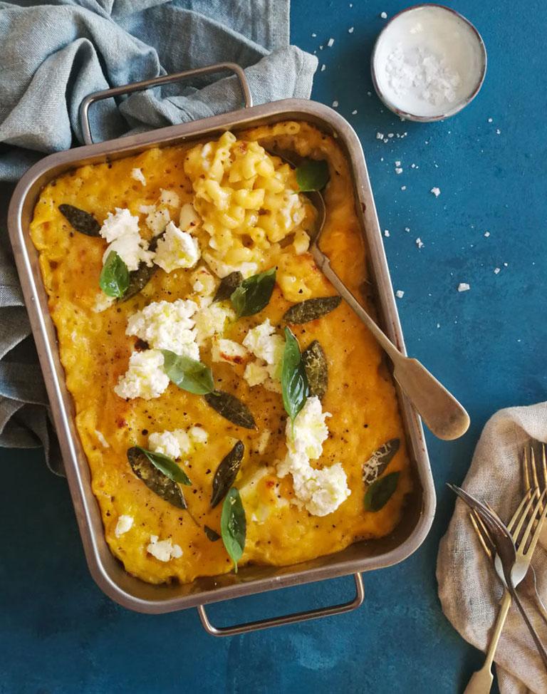 Pumpkin Macaroni Cheese Bake